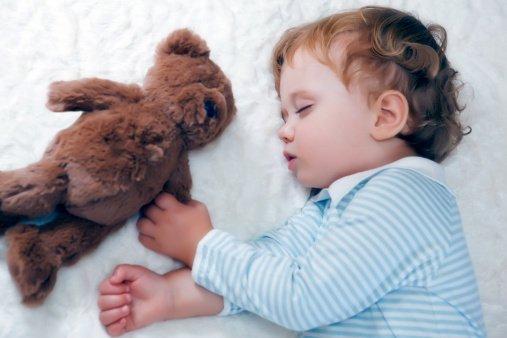 儿童多吃零食会导致牛皮癣?